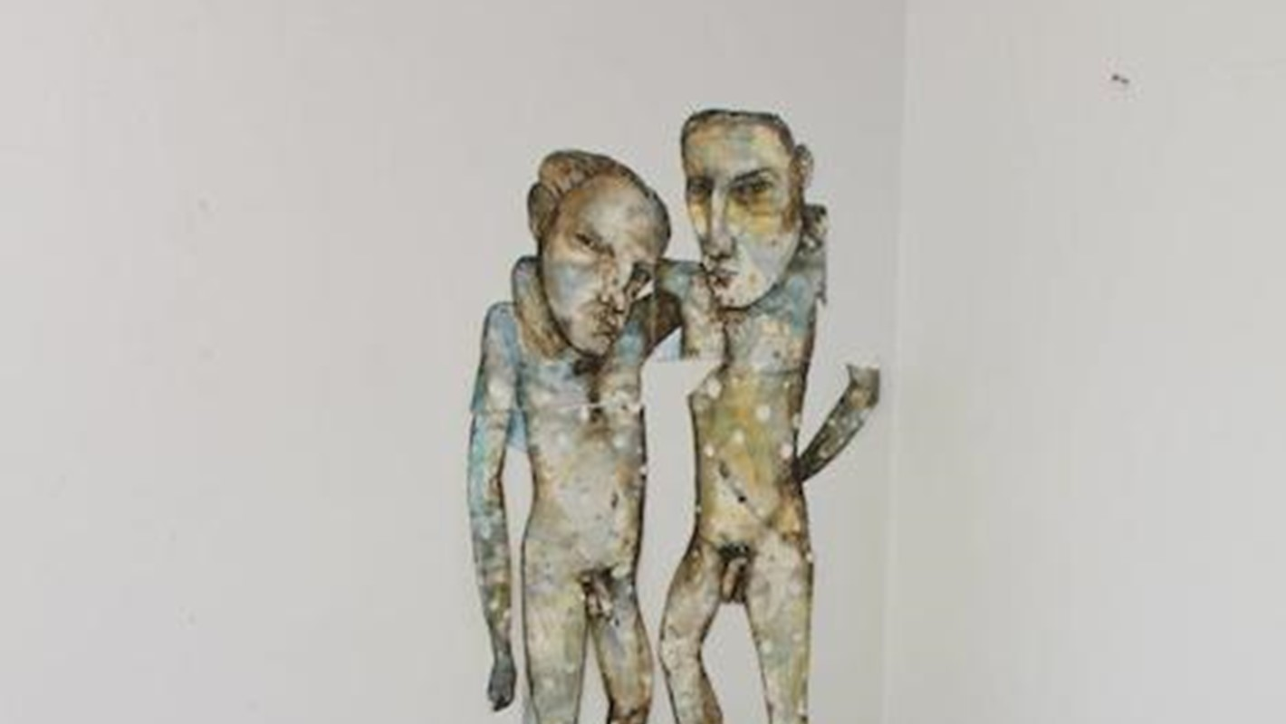 Antony Muia, 2 men stockpile 2013, 210 x 210 x 120cm, mixed medium on paper and rocks