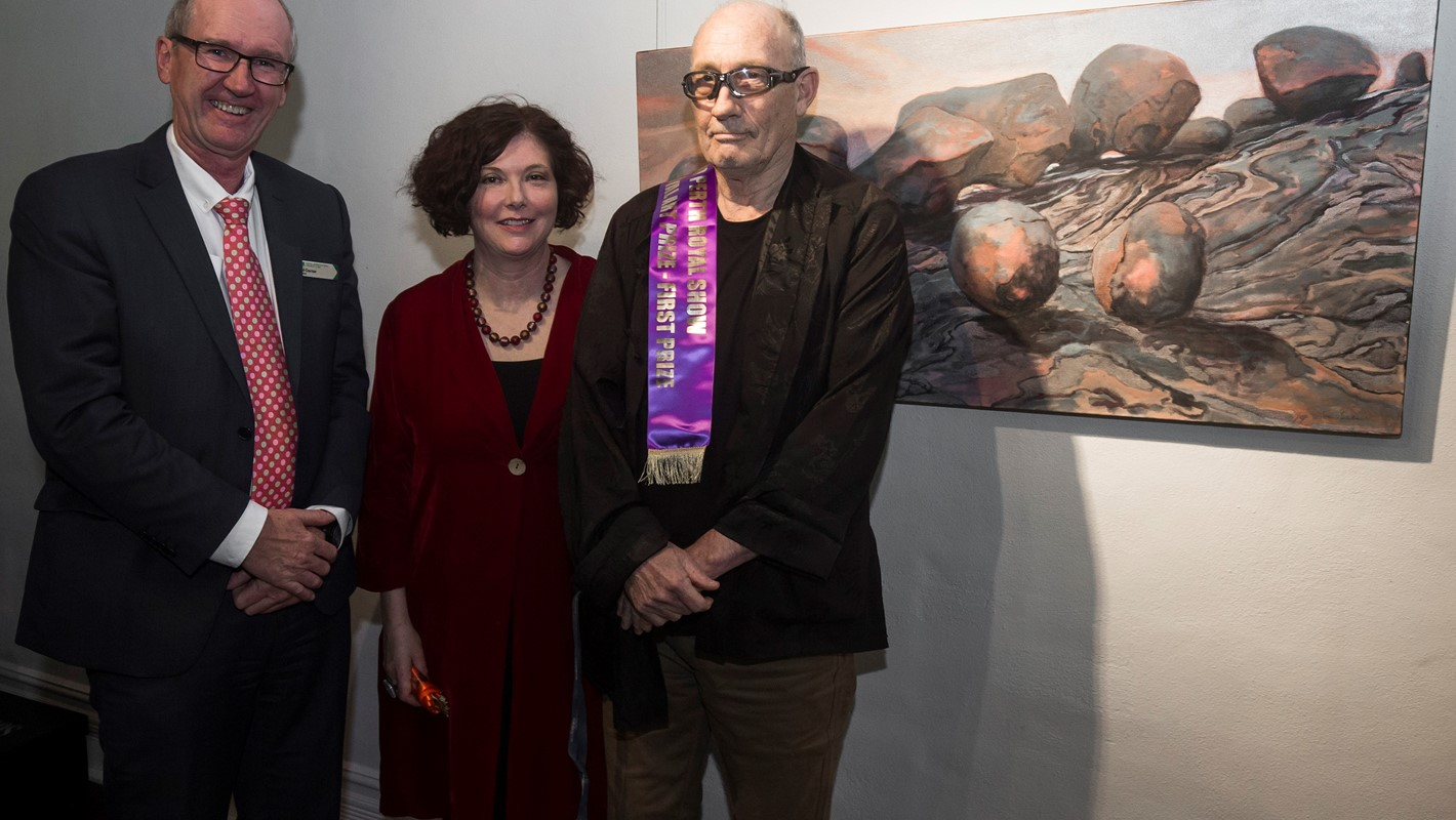 Tim Burns takes out first prize in the 2019 Royal Art Prize